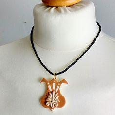 Rosegold Halskette, Blumen Schmuck, Tulipan Halskette, Halskette Weiß, Gold Schmuck, Antiqua Schmuck, Schwarz Weiß Schmuck, Geschenk für sie von KleineUngarin auf Etsy
