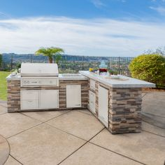 Outdoor Kitchen Discover Lynx Grills Sedona Ready to Finish Island - Grill Outdoor Grill Island, Outdoor Kitchen Grill, Outdoor Barbeque, Bbq Island, Backyard Kitchen, Outdoor Kitchen Design, Backyard Bbq, Outdoor Bar And Grill, Island Kitchen