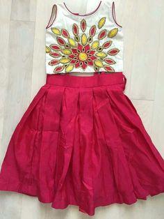Different types of kids lehenga choli designs - ArtsyCraftsyDad Frocks For Girls, Dresses Kids Girl, Kids Outfits, Kids Indian Wear, Kids Ethnic Wear, Kids Dress Wear, Kids Gown, Kids Wear, Kids Blouse Designs