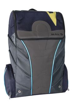 Schlep your stuff around like the Spartan Warrior Locke! This Halo Spartan Locke Backpack looks just like the advanced armor that the Spartan wears in Halo 5: Guardians. Complete with durable padded a