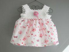 piepklein jurkje voor newborn of beer
