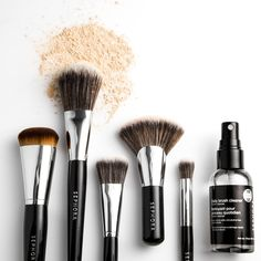 Sephora Glossy / VIDEO: FOUNDATION BRUSHES 101