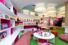LIbrary design. Children library design decorating ideas with playing spaces: kids library design pictures with barbie themes ~ tapja.com