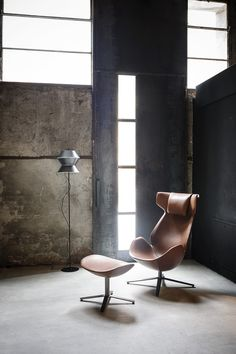 SHELTER Armchair with 4-spoke base by Tacchini Italia Forniture design Noé Duchaufour-Lawrance