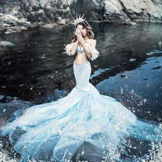 New Ideas wedding dresses mermaid sparkle beautiful Fantasy Photography, Fashion Photography, Snow Photography, Photography Lighting, Photography Ideas, Pretty Dresses, Beautiful Dresses, Foto Fantasy, Fantasy Gowns