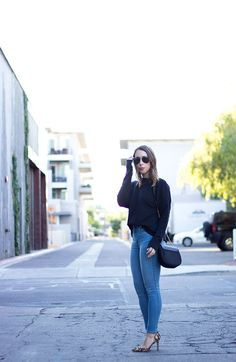 The Best & Affordable High Waist Jeans That You Need | Clothes & Quotes. Black lace-up sweatshirt+high rise skinny jeans+leopard printed pumps+black saddle bag+black aviator sunglasses. Fall Outfit 2016