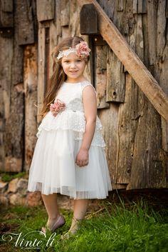 Φόρεμα βάπτισης Vinte Li 2914 μαζί με κορδέλα για τα μαλλιά, annassecret Girls Dresses, Flower Girl Dresses, Spring Summer, Wedding Dresses, Fashion, Dresses Of Girls, Bride Dresses, Moda, Bridal Gowns