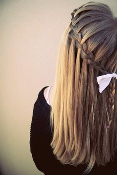 I think this is the most perfect waterfall braid I've seen.