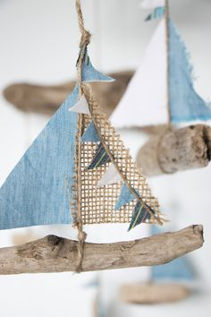 Sea Crafts, Nature Crafts, Home Crafts, Crafts For Kids, Driftwood Mobile, Driftwood Art, Deco Marine, Driftwood Projects, Summer Crafts