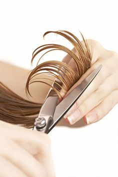 AVOID TANGLED HAIR TIP Trim your hair. Get a haircut and chop off all your sp… AVOID TANGLED HAIR TIP Trim your hair. Get a haircut and chop off all your split ends. This gets rid of broken and damaged hair that grows unevenly and causes knots. Tangled Hair, Split Ends, Fragrance Parfum, Tips Belleza, Hair Care Tips, Damaged Hair, Hair Hacks, Healthy Hair, Eyelashes