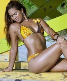 Johanna Castillo Modelo hondureña que represento a Islas de La Bahia en el Top Model of the World 2011, Segundo lugar y Mejor Cuerpo del Miss Mundo Latina 2011.