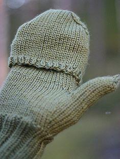 Ravelry: Tornado pattern by Mira Saarentaus Baby Knitting Patterns, Free Knitting, Diy Presents, Yarn Projects, Fingerless Gloves, Arm Warmers, Mittens, Needlework, Knitted Hats