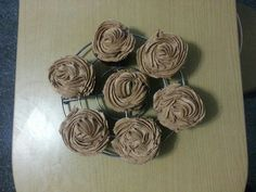 Cupcakes de chocolate con trocitos os de chocolate blanco y buttercream de Nutella