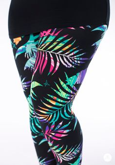 SweetLegs is proud to offer an exciting lineup of exclusive Canadian-designed leggings, perfect for everyone! Leggings Outfit Summer, Women's Fashion Leggings, Best Leggings, Dresses With Leggings, Women's Leggings, Plus Size Legging Outfits, Plus Size Winter Outfits, Plus Size Leggings, Plus Size Outfits