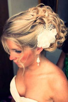 Great Wedding Up-Do...my 13 year old cousin pinned this but I thought it might interest you lol