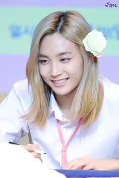 Jeonghan Network
