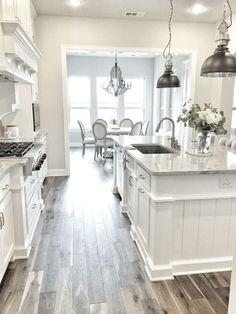 Elegant Farmhouse Style Kitchen Cabinets Design Ideas 8