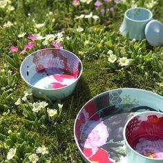 Le fleuri service Peony Ming d'IBRIDE DESIGN accompagne les beaux jours qui arrivent doucement