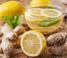 How to Make Cleansing Ginger Lemon Tea With Many Health Benefits. Detox Ginger Lemon Tea (makes 4 cups – 1 L) 2 inches cm) ginger root 4 cups L) filtered water 2 tbsp ml) organic lemon juice tsp ml) whole stevia leaf or honey Ginger Lemon Tea, Ginger Juice, Green Tea Lemonade, Weight Loss Herbs, Ayurvedic Herbs, Fat Burning Detox Drinks, Real Food Recipes, Real Foods, The Cure