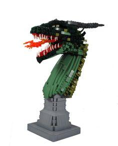 Lego Green Dragon by the Deathly Halliwell Lego Minion, Lego Dragon, Lego Sculptures, Lego Animals, Amazing Lego Creations, Unicorn Pictures, Lego For Kids, Fantasy Castle, Green Dragon