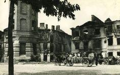 Lublin 1944. Obecny Plac Wolności. Widoczne wypalone budynki, które zostały rozebrane.
