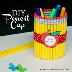 A simple DIY Teacher gifts that will add fun to their desktop. Pair it with a cute poem and you have a perfect gift! #backtoschool #teachergift