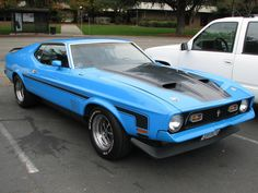 1972 Mach 1....... I had one just like this and lost my senses and sold it like an idiot.  Duhhhh