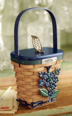 Longaberger Collectors Club 2012 Member Basket