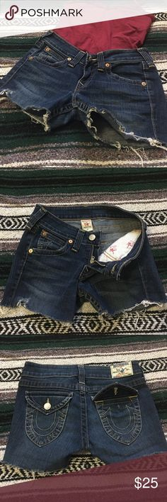 True Religion Jean Shorts Missing one back pocket button, otherwise in awesome shape! Looking for those aviator sunglasses, rope sandals, and white tee kind of gal 😎😎😎 *will take offers* True Religion Shorts Jean Shorts