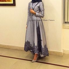 fashion, silver, and grey image Islamic Fashion, Muslim Fashion, Modest Fashion, Fashion Outfits, Hijab Abaya, Hijab Dress, Elegant Dresses, Pretty Dresses, Modele Hijab