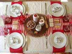 Ideas para decorar la mesa de Navidad - Mesa para niños en colores tradicionales: rojo y blanco. Una mesa muy divertida para los más pequeños. Partys, Decoration Table, Tablescapes, Table Settings, Desserts, Christmas, Design, Xmas Ideas, Archive