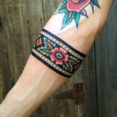 Traditional cuff for Nick. Thanks dude! Done at For tattoos… Traditional cuff for Nick. Thanks dude! Done at For tattoos email me at jcmtattooer 💌 Half Sleeve Tattoos Designs, Sleeve Tattoos For Women, Tattoos For Guys, Tattoo Designs, Forarm Tattoos For Women, Arm Band Tattoo For Women, Easy Half Sleeve Tattoos, Tattoo Sleeves, Leg Tattoos