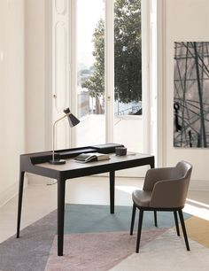 Saffo Desk by Porada, designed by Carlo Ballabio Discover our collection of modern designer furniture and lighting. Office Interior Design, Office Interiors, Best Interior, Study Table Designs, Writing Desk With Drawers, Glass Room Divider, Table Desk, Console Table, Furniture Design