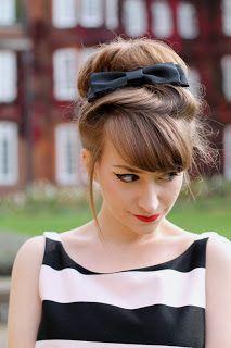 Latest Trends of Vintage Hair Updo,