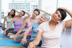 Ćwiczenia na kręgosłup szyjny. Jakie ćwiczenia pomogą, gdy boli kręgosłup szyjny?