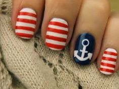 7 Beach Inspired Manicures For Summer