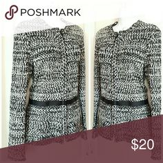 🌟New Arrival🌟 Narciso Rodriguez Narcisco Rodriguez for Design Nation Popcorn pattern structured zip front sweater with banded peplum hemline NWOT worn once Armpit to armpit measures 20 1/2 inches Length 25 1/2 inches Sleeve measures 26 1/4 inches Sweaters