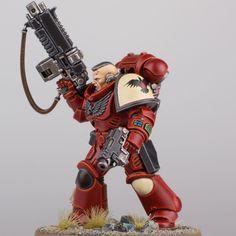Blood raven primaris space marine lieutenant. Basecoat was 50/50 Mephiston red/rhinox hide. Highligh - ajuntapaulpal