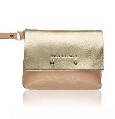 Check that Lisa Lemon Clutch on World FashionHunters Metallic Leather, Italian Leather, Fashion Bags, Lisa, Lemon, Hunts, Cool Stuff, Highlights, Check