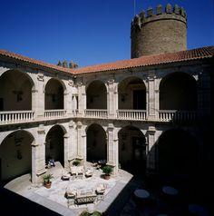 Parador de Zafra en #Extremadura Top hotel enológico 2013
