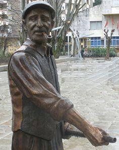 Esculturas en bronce en las calles. Escultores en Santander,  Cantabria.