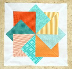 "Full size quilt Idea: Fun ""Card Trick"" Block by Ellie Roberts of Craft Sew Create! (Site links to free PFD pattern. Quilting Tutorials, Quilting Projects, Quilting Designs, Sewing Projects, Quilting Tips, Paper Piecing Patterns, Quilt Block Patterns, Pattern Blocks, Pattern Paper"