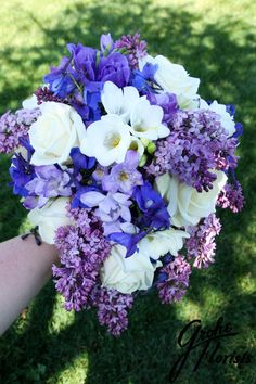 #lilac #lavender #bouquet #bluendlavender