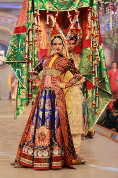"""Model - Noor Bhatty Pantene Bridal Couture Week Day 2 in Lahore from Ali Xeeshan's """"Panchayat"""" collection"""