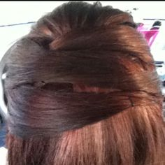 Tried out one of the hairstyles I got on pinterest today ;)
