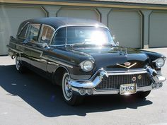 ✿1957 Cadillac Hearse✿ Maintenance of old vehicles: the material for new cogs/casters/gears could be cast polyamide which I (Cast polyamide) can produce