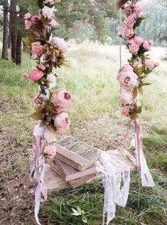 ideas wedding decorations rustic vintage shabby chic for 2019 Wedding Swing, Dream Wedding, Wedding Day, Spring Wedding, Trendy Wedding, Rustic Wedding, Wedding Shabby Chic, Bodas Shabby Chic, Deco Floral