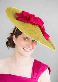 Disc hat with poppies. I love this because it has a slight 18th century feel about it. Just needs a few ribbons.