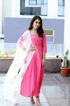 Actress Bikini Images, Tv Actress Images, Hollywood Actress Photos, Hollywood Heroines, Sonam Kapoor, Deepika Padukone, Salwar Dress, Salwar Kameez, Oscars Red Carpet Dresses