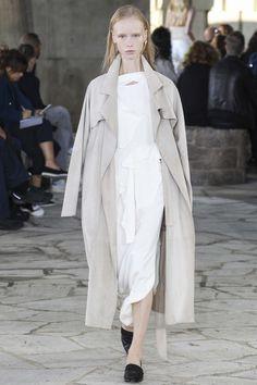 Loewe ready-to-wear spring/summer '15 gallery - Vogue Australia